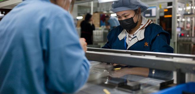 Коронавирус подтолкнул производителей iPhone создавать фабрики вне Китая