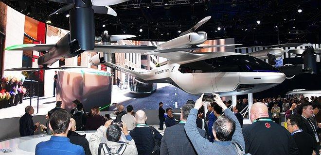 Пробки не помеха. Hyundai выпускает серию летающих автомобилей - Фото