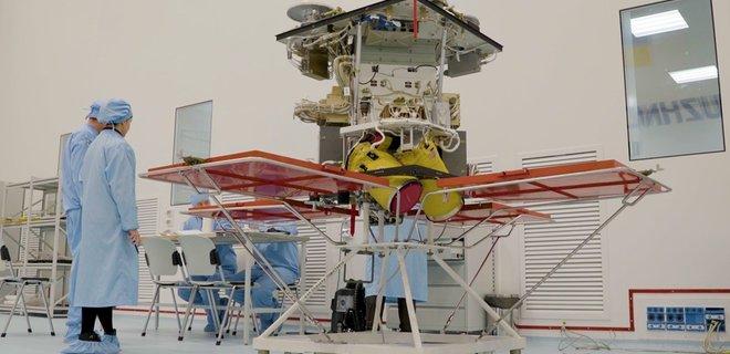 SpaceX запустит украинский спутник: названа сумма контракта - Фото