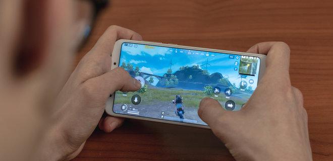 Крупнейший в мире издатель видеоигр запретит детям играть дольше часа  - Фото